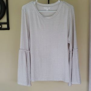 LC long sleeve with bell sleeves